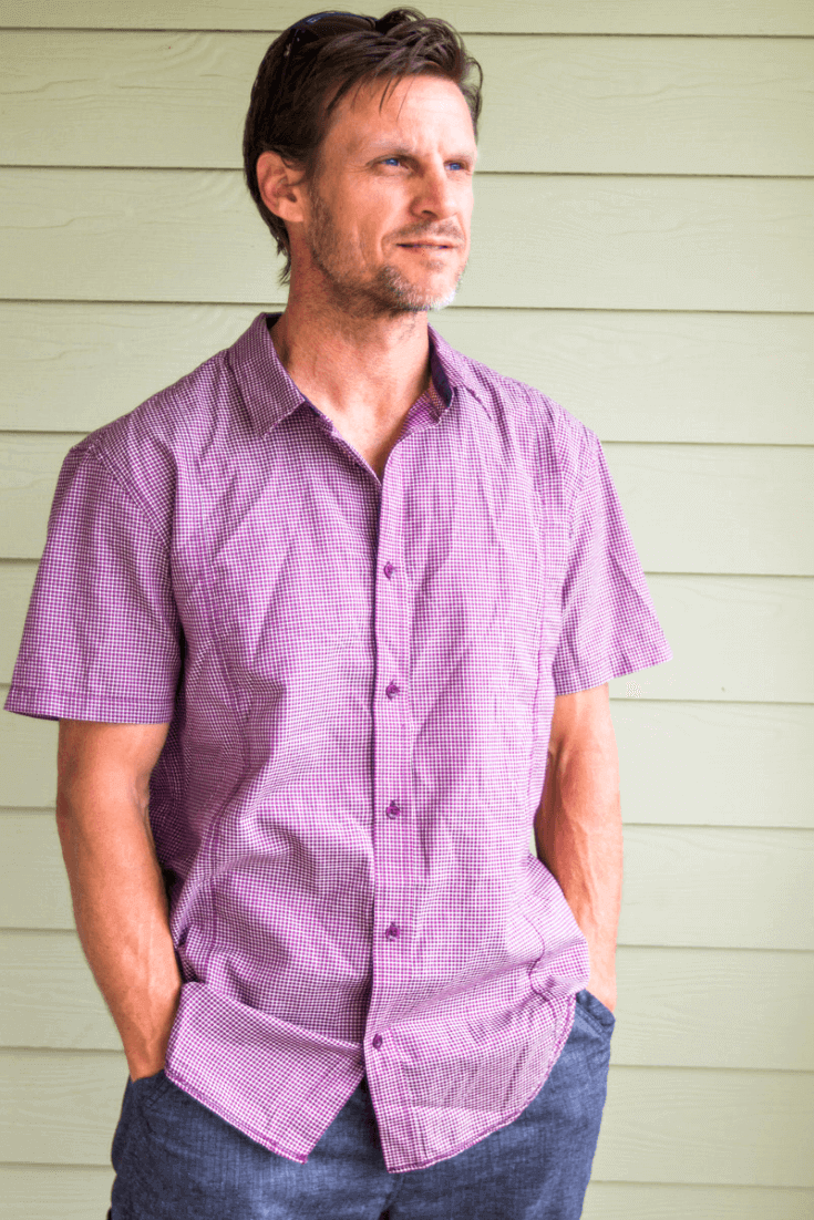 I love wearing cotton t-shirts and I always pack them for my travels. This Lukas Shirt is made from 100% organic cotton and fair trade certified. Comes in 5 different color patterns.