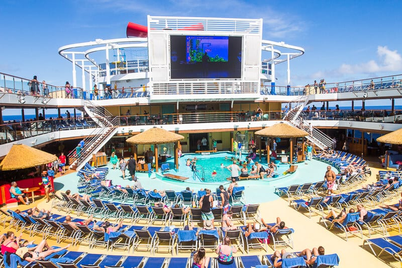 Carnival Vista on a 6 day western Caribbean Cruise
