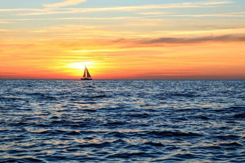 sailing caribbean island hopping