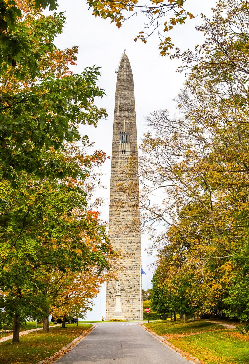 New England Road Trip in the fall - see the Bennington Battle Monument in Vermont