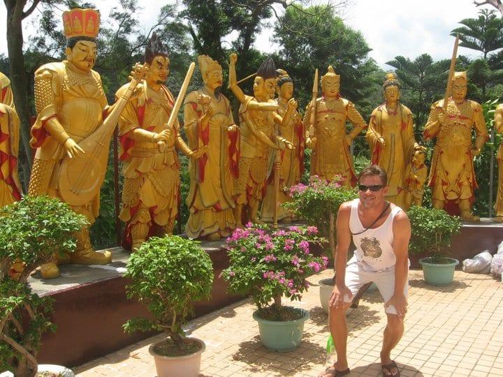 10 000 buddha monastery hong kong nature experience