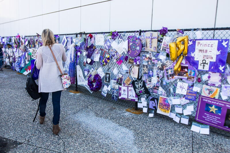 Tribute fence for Prince outside Paisley Park