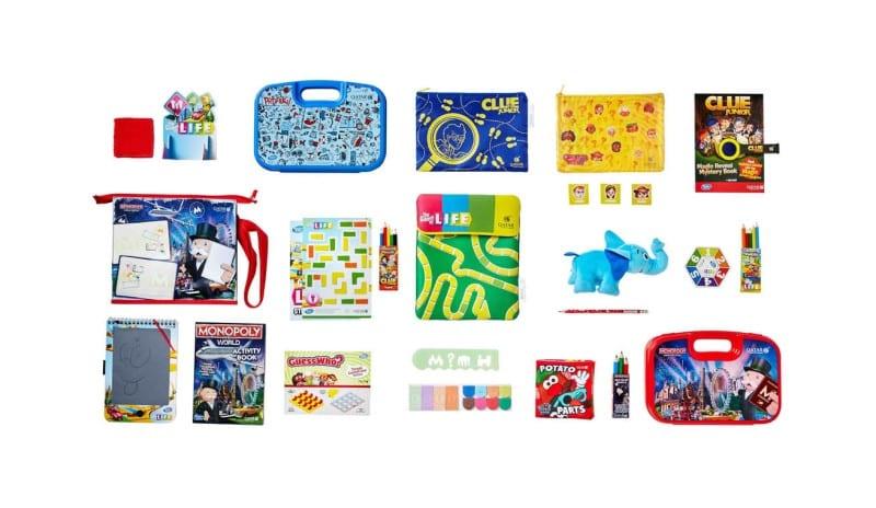 Qatar inflight entertainment kits (2)