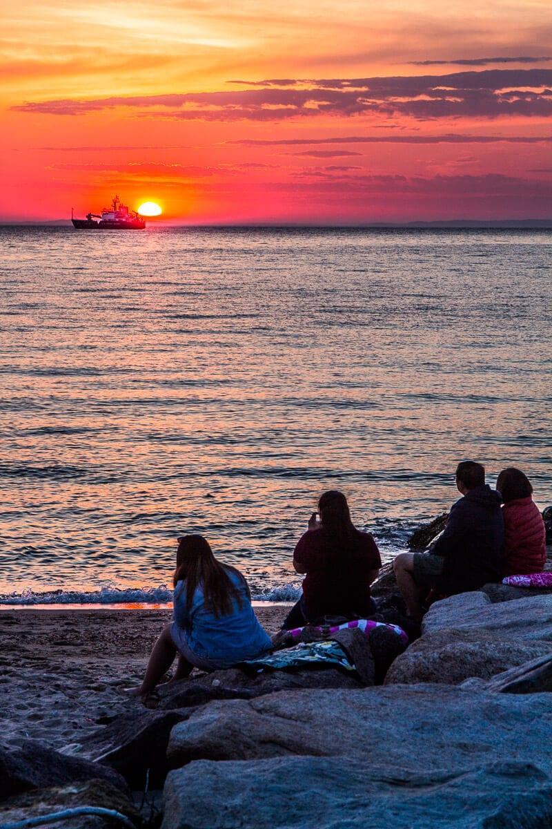 Ne manquez pas le magnifique coucher de soleil à Menmosha, Martha Vineyard, Massachusetts