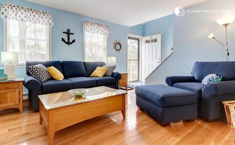 Places to stay on Martha's Vineyard - rent a cottage