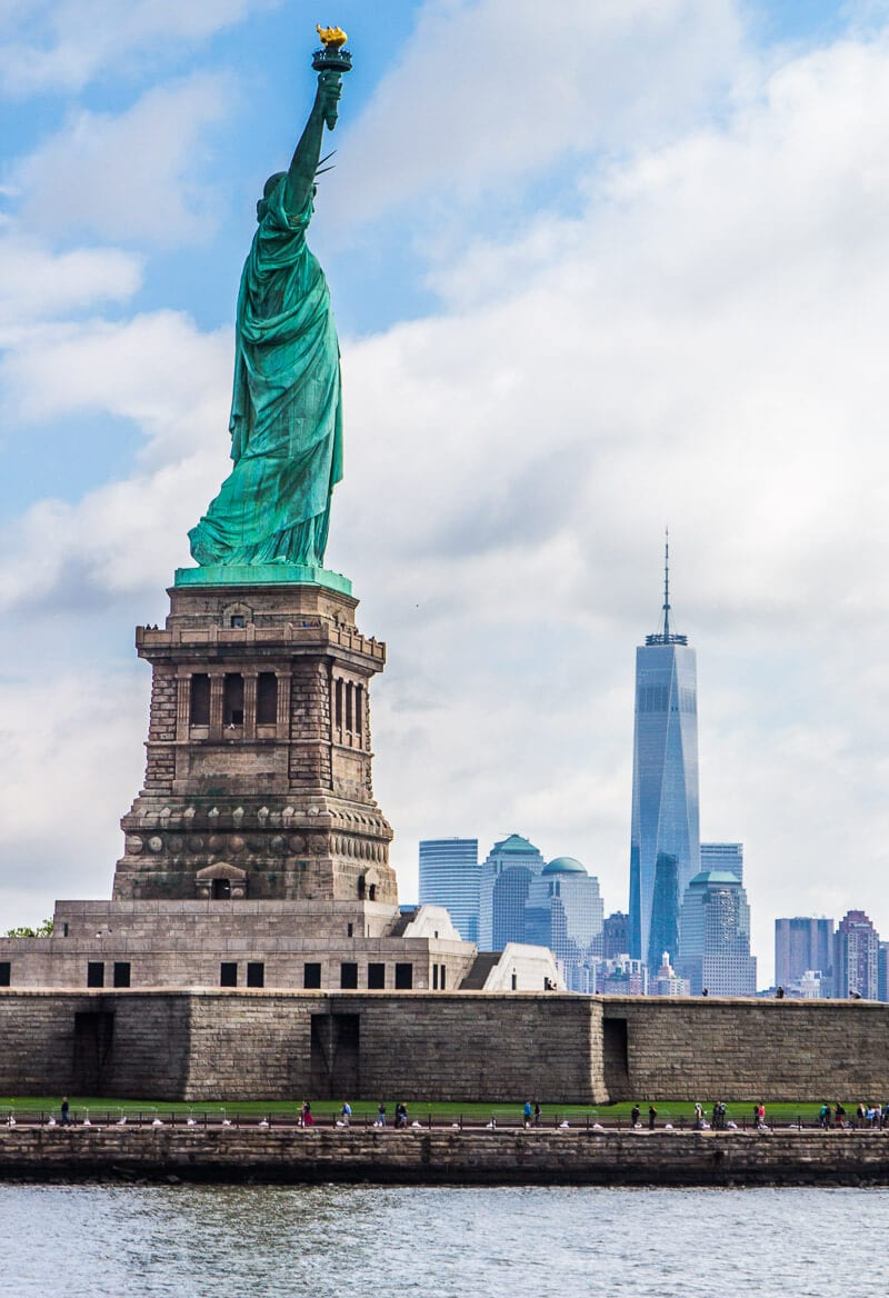 Statue of Liberty, NYC - Here is a 3 day guide to NYC, Click inside for the best NYC travel tips!