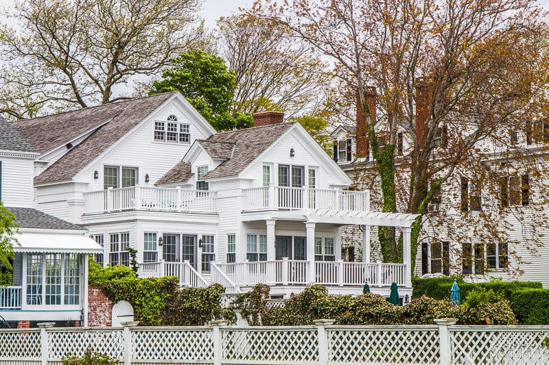 rent a a cottage on Martha's Vineyard,