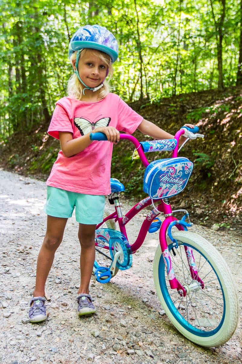 Columbia Sportswear for biking with kids - click through to see more Columbia apparel and tips for what to wear for travel and leisure!