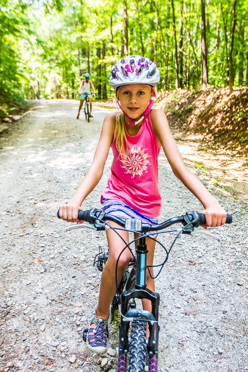 Columbia clothes for biking with kids - click through to see more Columbia apparel and tips for what to wear for travel and leisure!