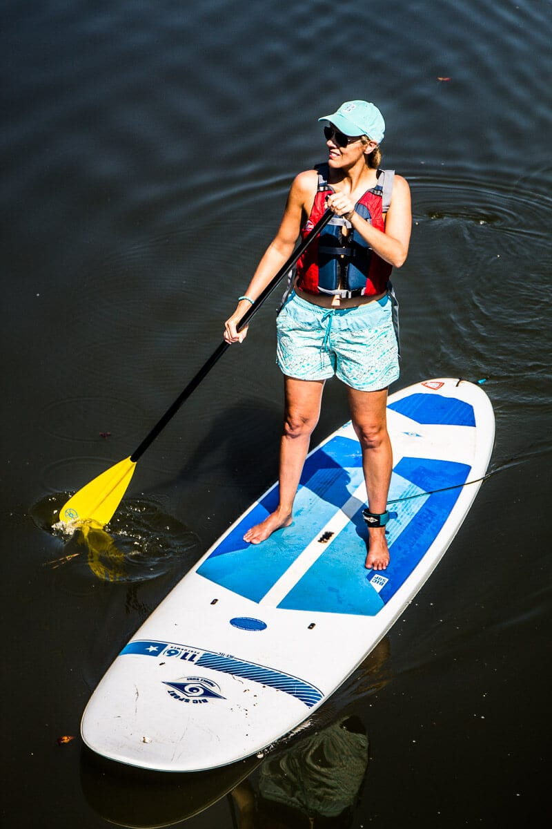 Stand Up Paddle Boarding with Columbia Gear - click through to see more Columbia apparel and tips for what to wear for travel and leisure!