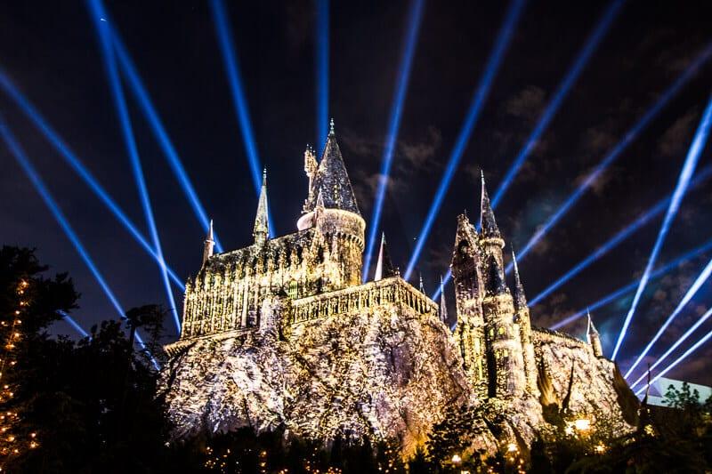 Universal Studios Hogwarts Light Show Hours Universal