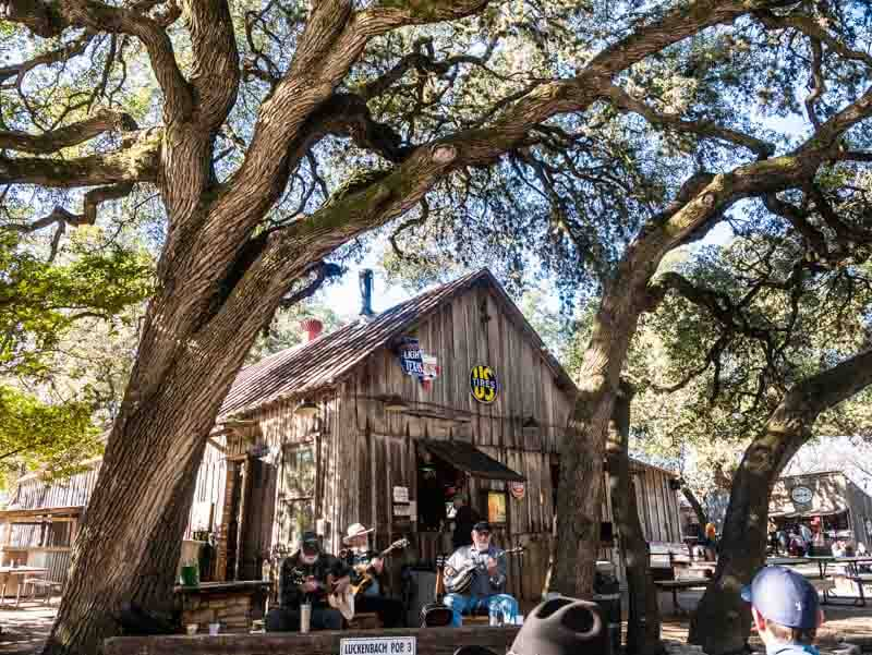 Luckenbach Texas guitar picking circle