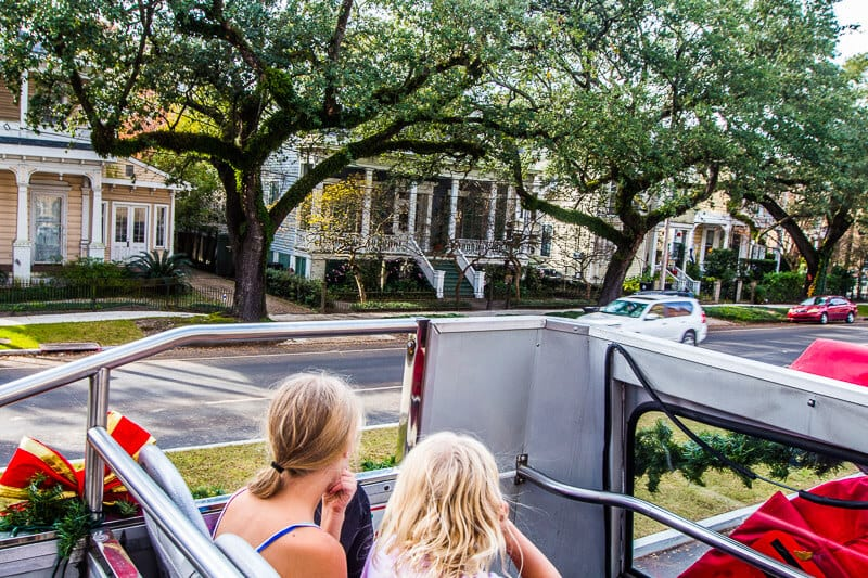 hop on hop off bus New Orleans Sightseeing pass