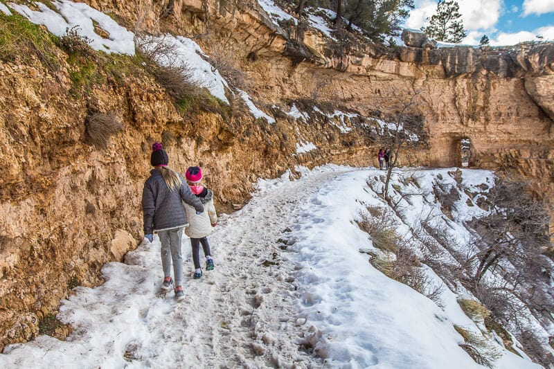 Grand canyon winter Bright Angel Trail