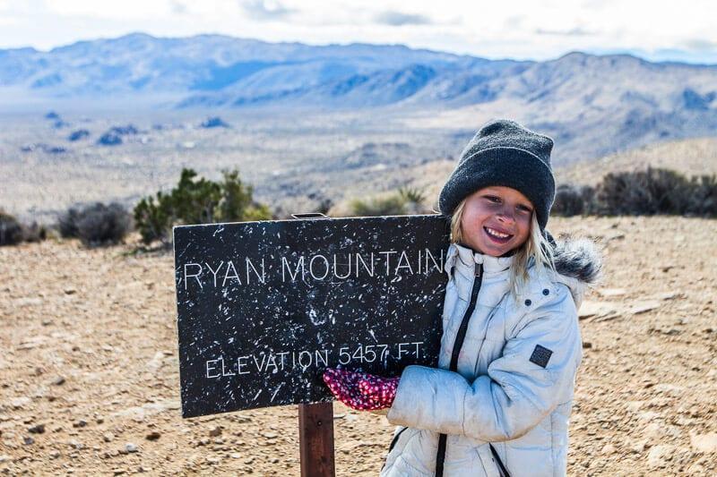 Ryan Mountain trail Joshua Tree National Park California (4)