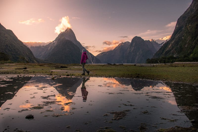 A stunning sunset in Milford Sound, New Zealand