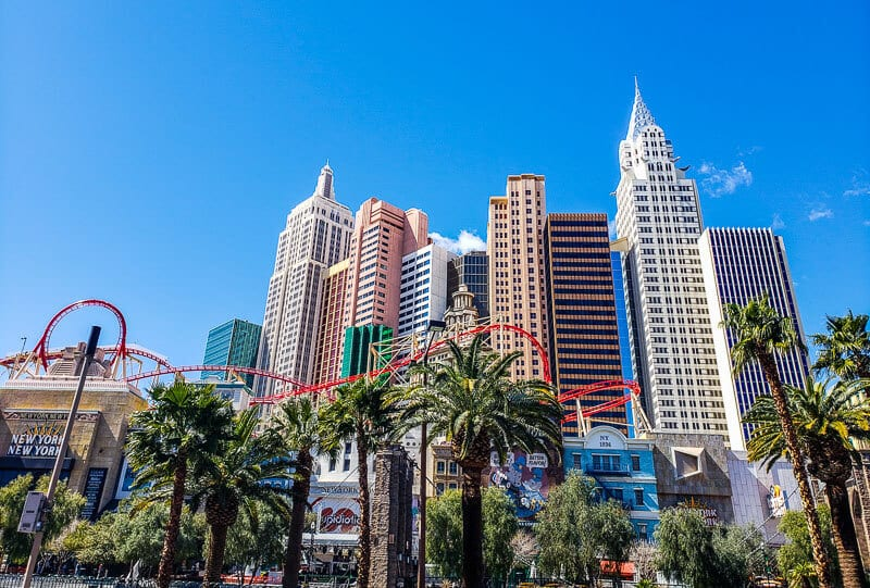How To Visit Las Vegas On A Budget - Cheap Vegas Trips Are Possible!