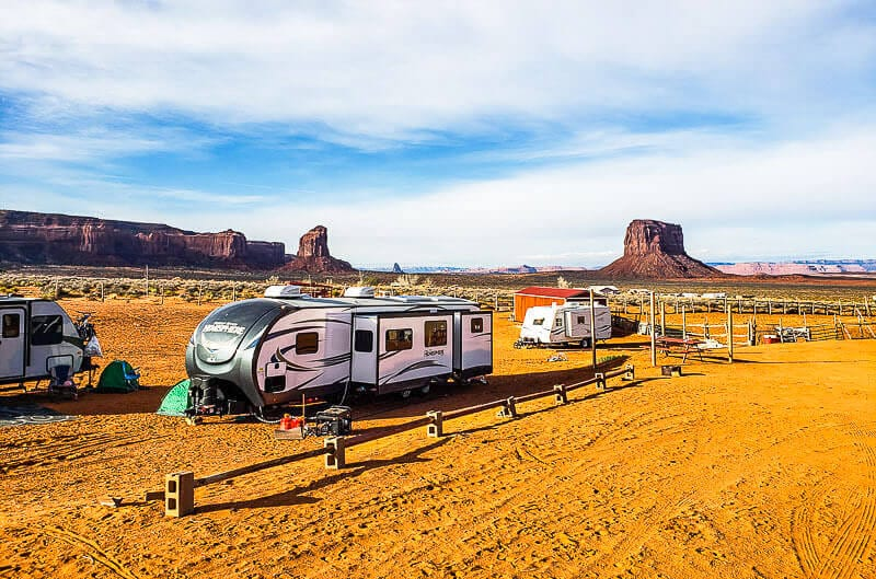 Campers and RVs at Monument Valley