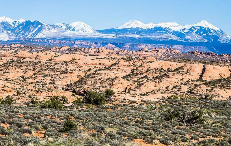 Stunning views on Arches scenic drive