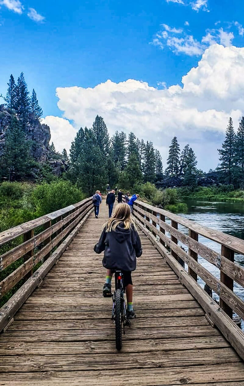 Balade à vélo à Benham Falls, Oregon