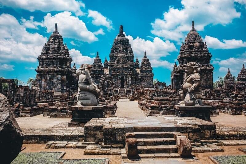 Prambanan temple yogyakarta java indonesia (800 x 533)