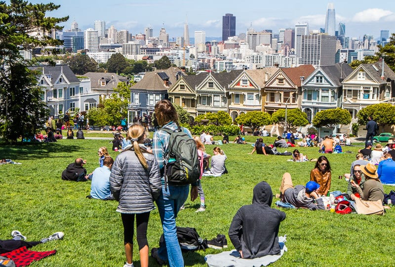 Neighborhood Guide: 12 Places to Go in San Francisco (plus where to eat & stay)