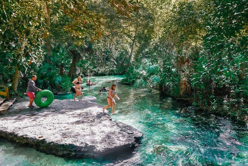 Kelly Park tubing fun in Florida