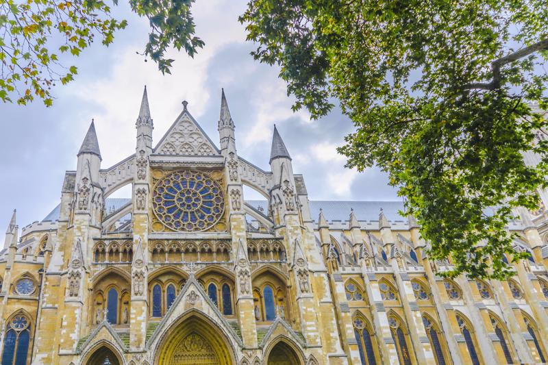 Westminister Abbey catedral from below, London, United Kingdom