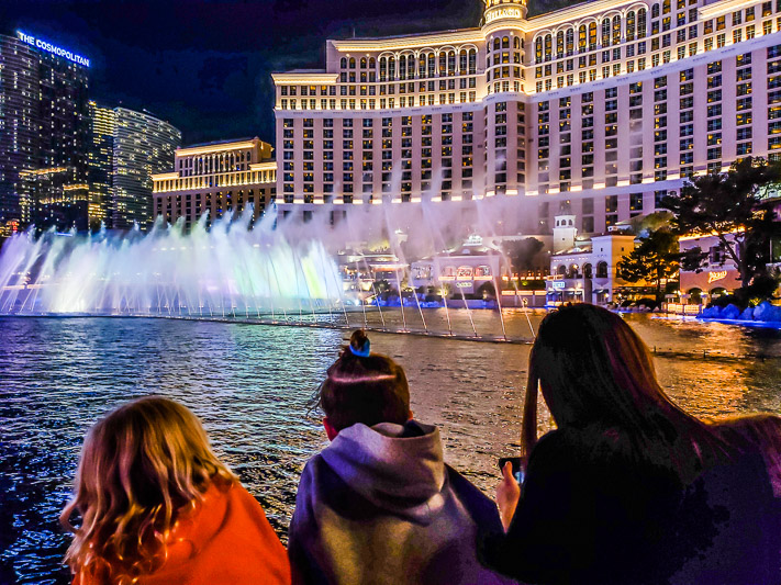 Watching the Bellagio Fountains