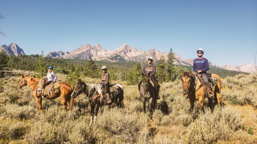 horse riding sawtooth mountains stanley idaho