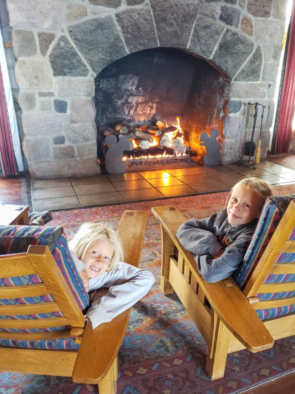 stay at crater lake lodge