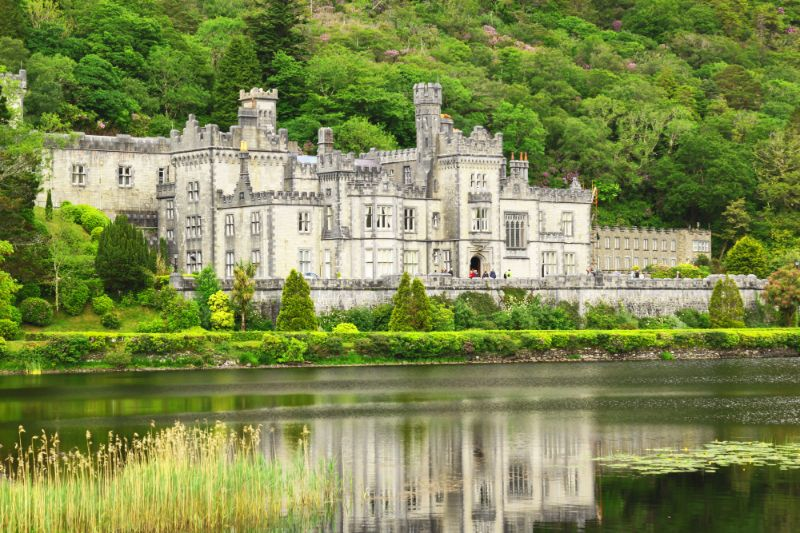 Places to visit in Ireland with kids Kylemore Abbey