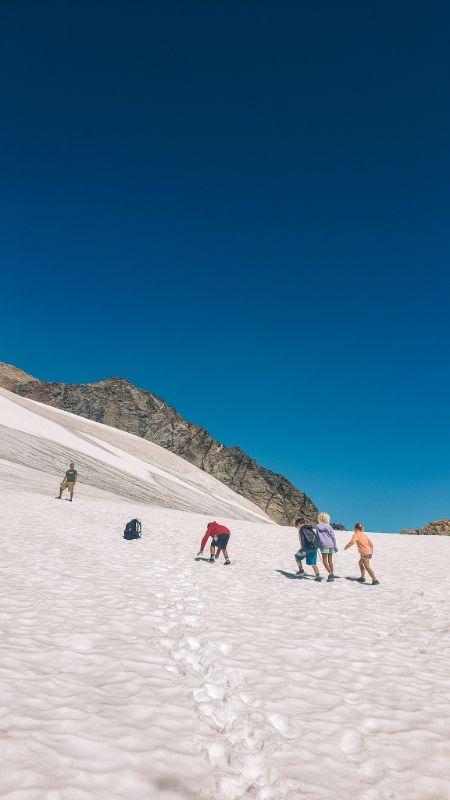 hiking sahale glacier north cascades np