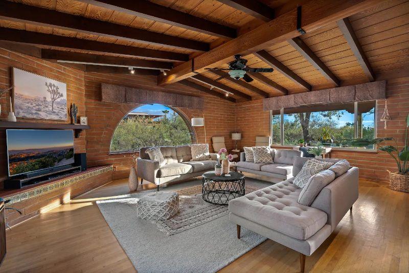 the alyssa tucson airbnb rental
