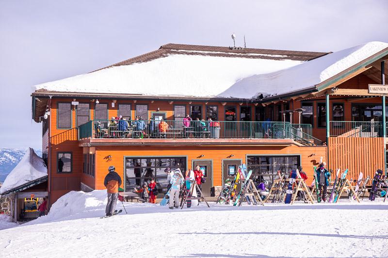 Taps Bar at Schweizer Mountain Resort
