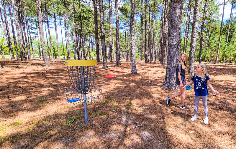 Disc gold at Lake Blackshear Resort and Golf Club