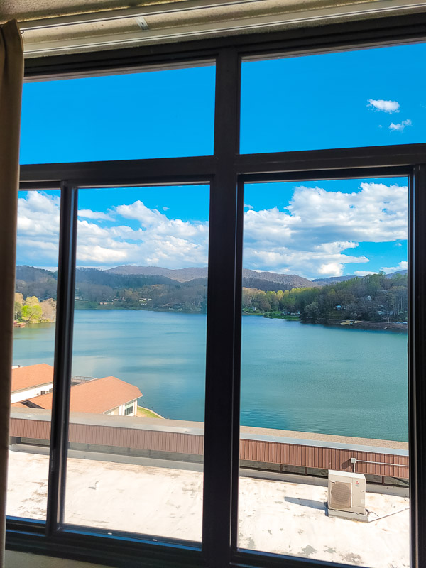 places to stay lake junaluska
