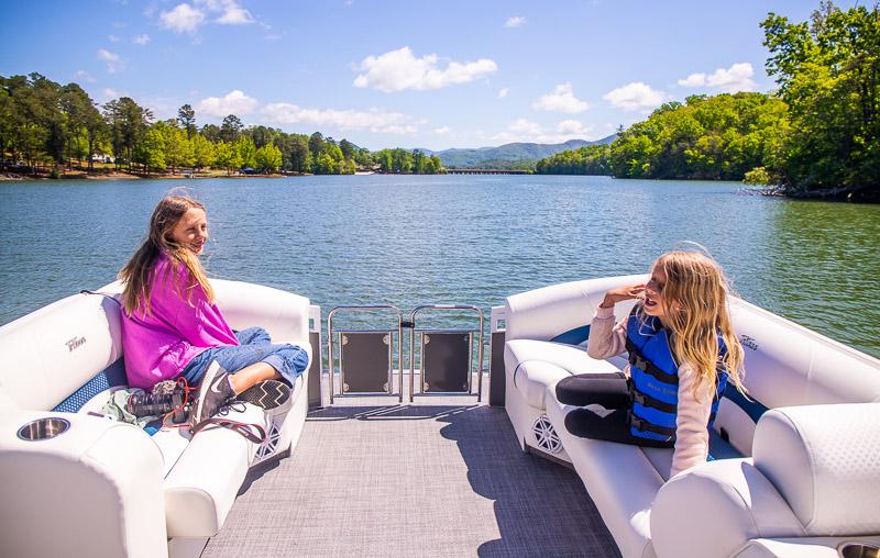 Boating on Lake Chatague