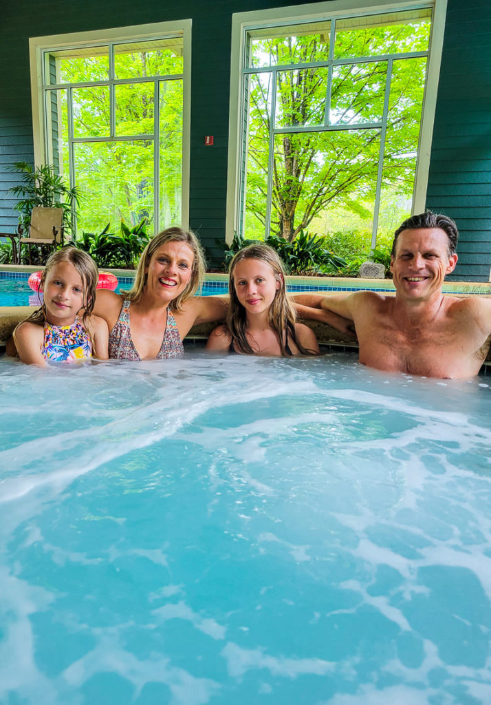 Hot tub at Brasstown Valley Resort & Spa