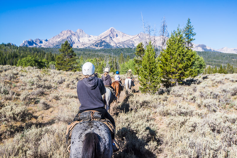 Horseriding in the Sawtooth Mountains
