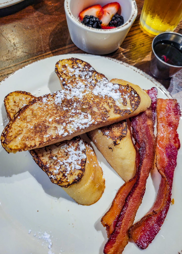 Breakfast at Unicoi Lodge