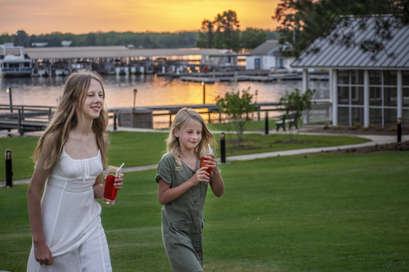 family travel blog life Lake Blackshear sunset